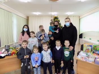 С днем Святого Николая поздравили представители медицинского колледжа